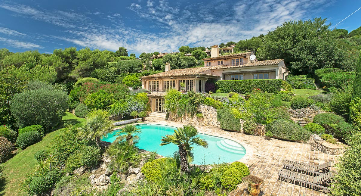 Charming villa in Cote d'Azur, France