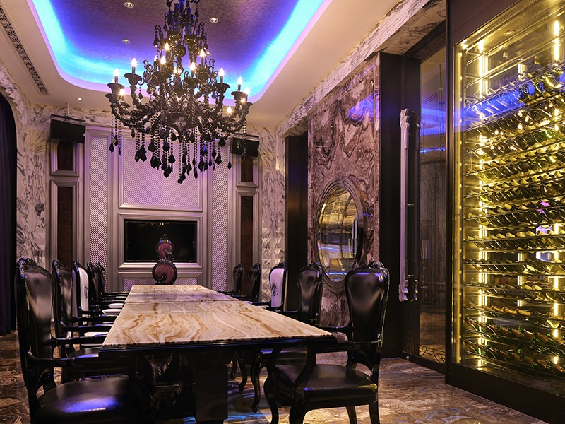 The Art Deco Wanda Reign hotel in Shanghai, designed by DB Kim, has opulent finishes.