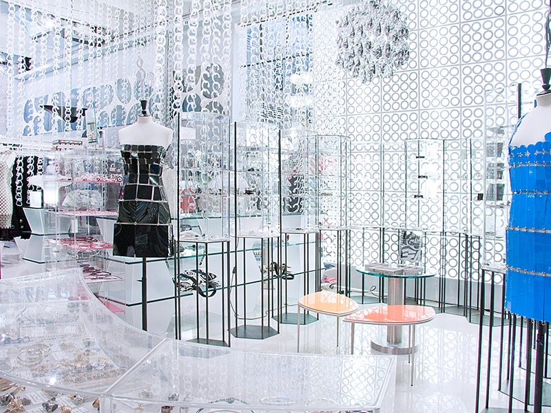 In addition to men's and women's fashion, accessories, shoes, bags, homeware, and books, 10 Corso Como features a café, gallery, and even a small boutique hotel.