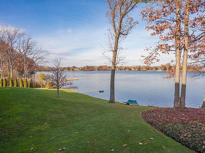 Bloomfield Township, established in 1827, covers some 26 square miles of rolling hills, winding roads, and scenic lakes and streams. Photograph: Hall & Hunter Realtors