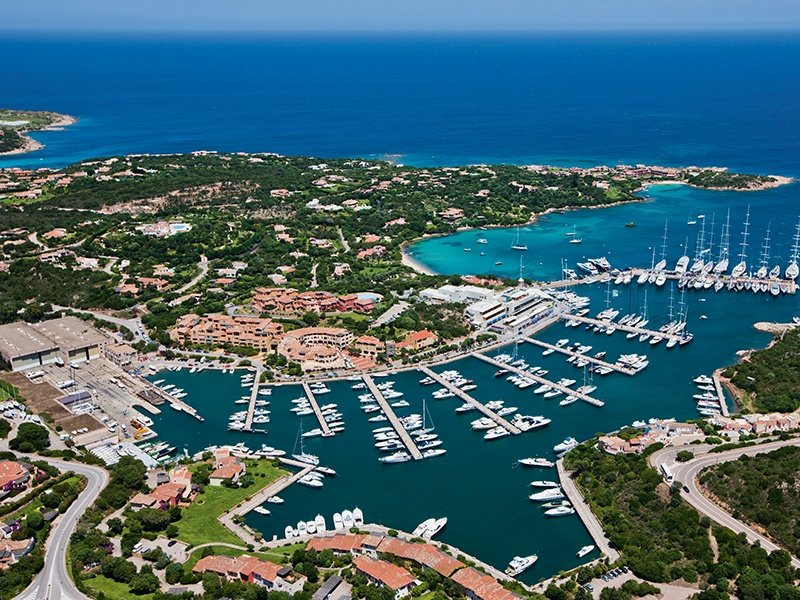 The superb marina with its exclusive yacht club makes Porto Cervo a perfect stop-off. Banner image: 4Corners