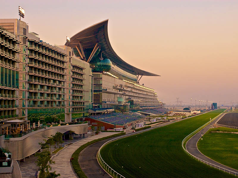 The impressive Meydan grandstand stretches for a mile (1,600 m) and can seat over 60,000 spectators. The complex includes a luxury five-star hotel, a marina, golf course, and business facilities.