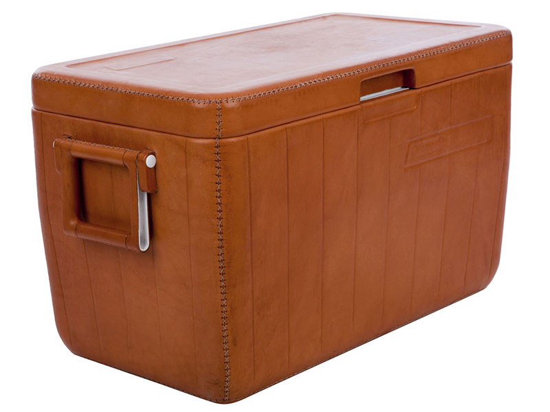 Spanish manufacturer Sol&Luna is internationally known for its range of objects elegantly covered in leather, which now includes this 10-quart Coleman cooler.