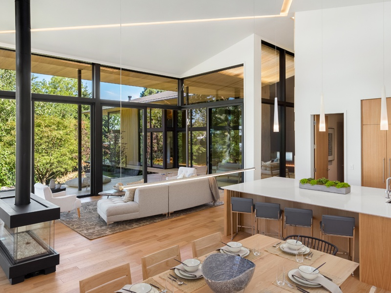 Giant oak and sequoia trees visible from indoors bring a sense of verdant tranquility to Kengo Kuma's Suteki House.