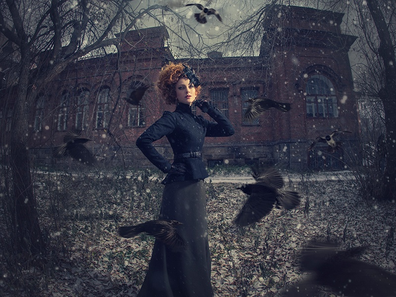 The Russian artist Margarita Kareva's creations are ethereal scenes, in which she combines real-life elements with digital manipulation. She also teaches others the art of transforming images.