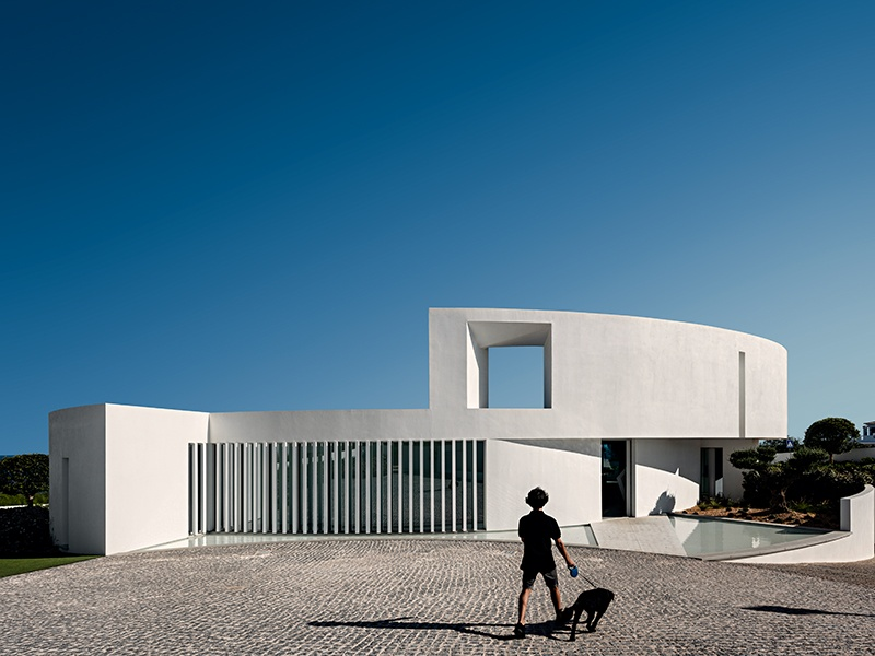 Elliptical House, also in Luz, Portugal, is based on a geometric shape found in the Algarve landscape.