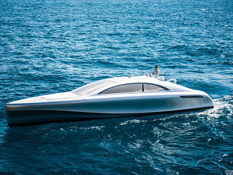 The Arrow460 - Granturismo, from a collaboration between Mercedes-Benz and Silver Arrows Marine, is a 14m (46ft) concept craft propelled by a 960hp motor. Photograph: Daimler-Benz