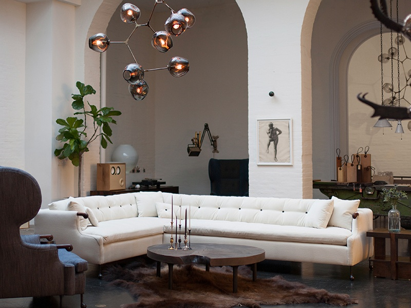 BDDW specialises in furnishings and ceramics, and maintains showrooms on Crosby Street, NYC, and in Milan, Italy.