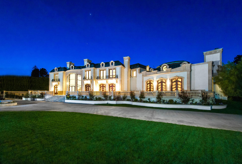 A $72 million trophy estate in Beverly Hills