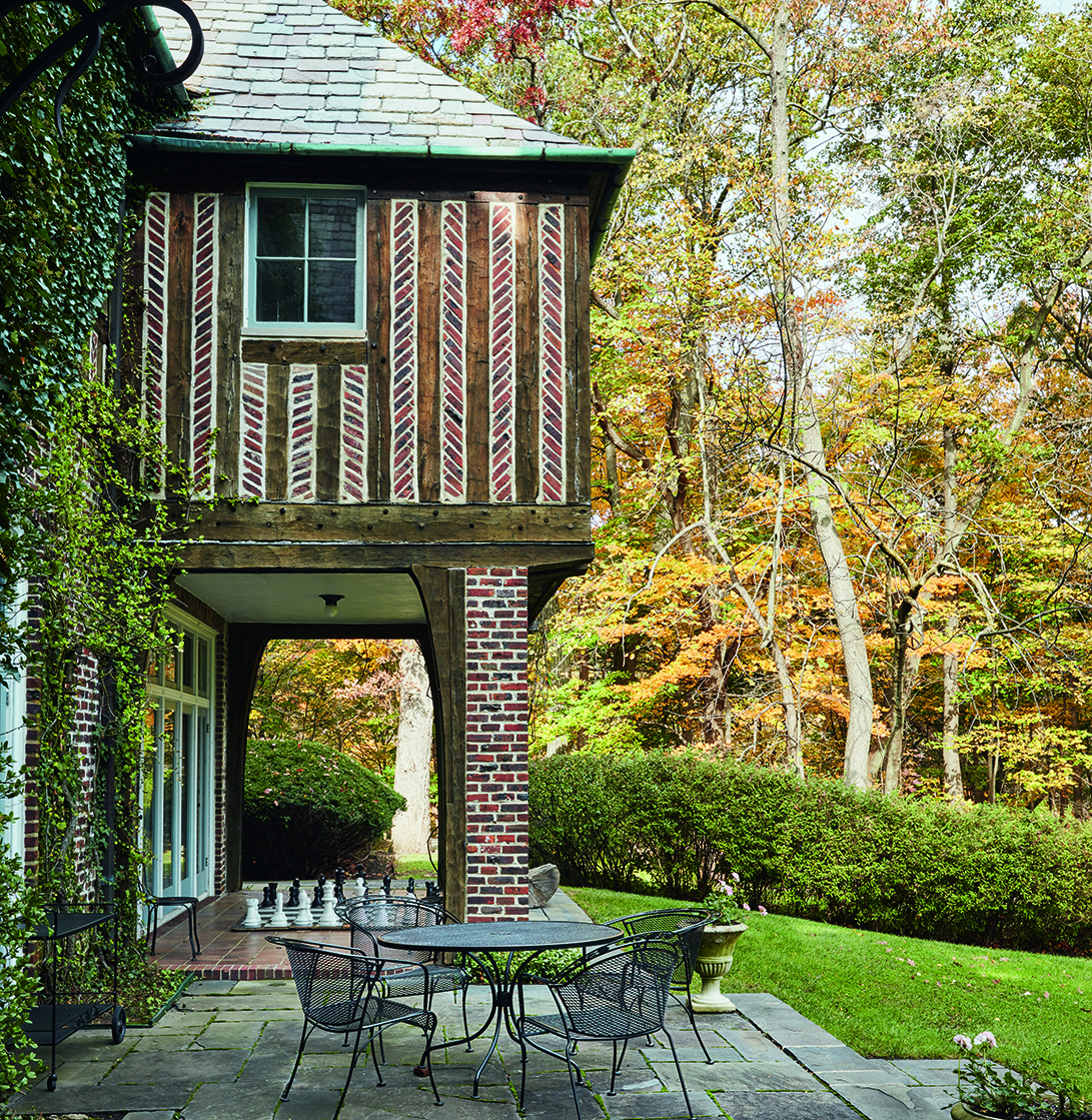 The grandeur of the estate's interior is matched by the wonders of its exterior. A timber Juliet balcony on the east façade overlooks the lake, while bluestone terraces and garden walls are cloaked in a microclimate of established specimen plants.