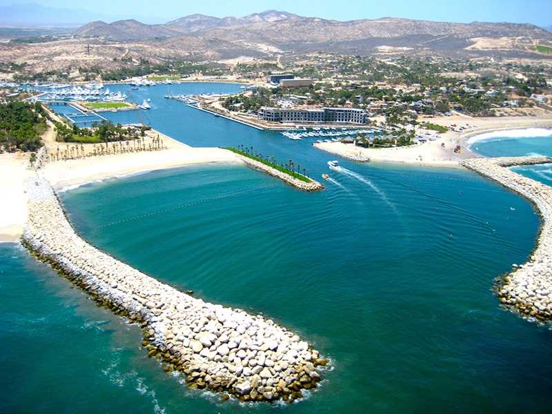 Puerto Los Cabos marina in San José del Cabo is the gateway to the Sea of Cortez and just 10 miles from the renowned Gordo Banks sea mountain.