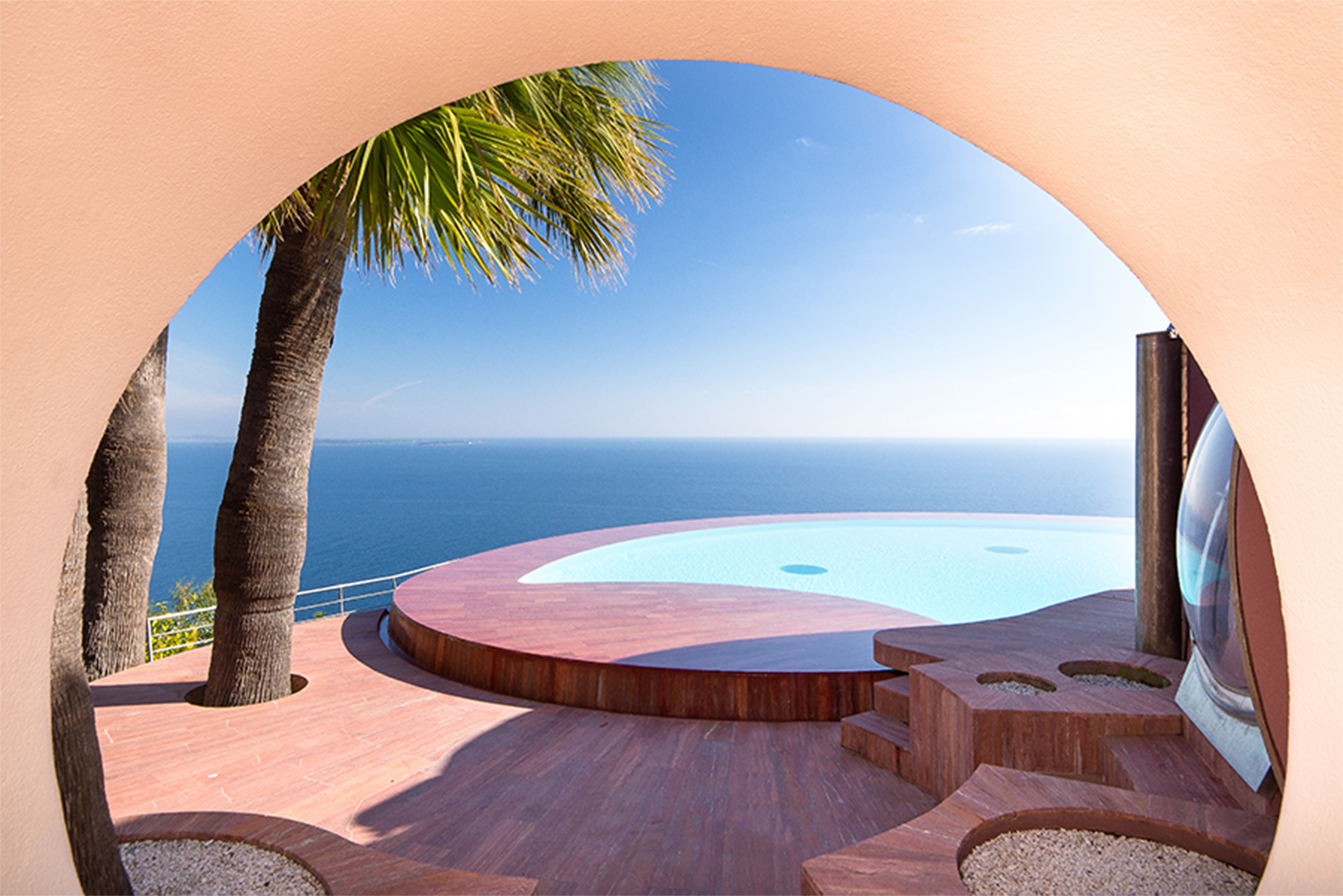 The Bubble House has multiple round swimming pools, one of which is an infinity pool that offers breathtaking views of the Bay of Cannes.
