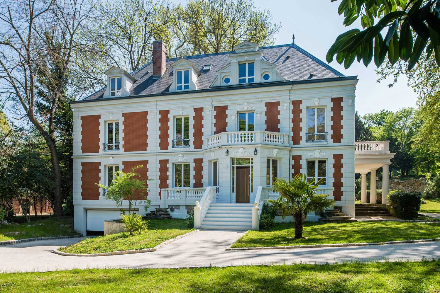 <b>Rueil Malmaison, Ile-De-France, France</b><br/><i>6 Bedrooms, 7,534.8 sq. ft.</i><br/>Six-bedroom home set in magnificent landscaped grounds