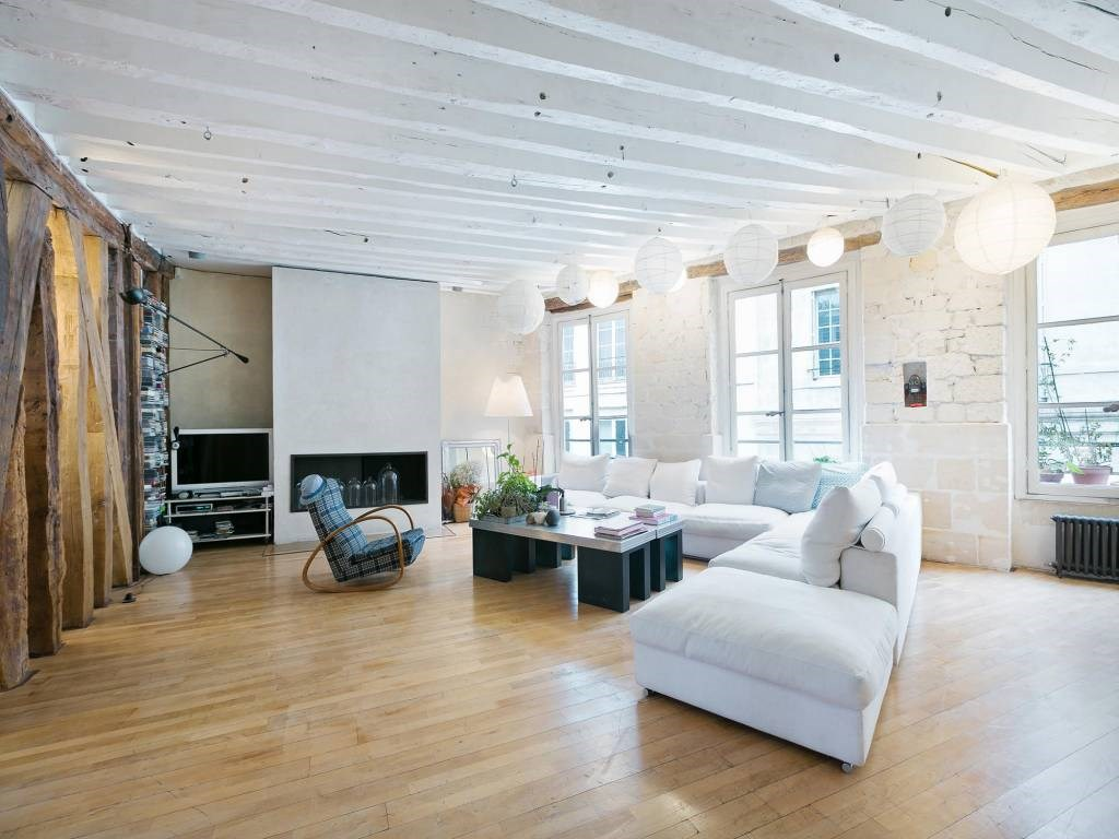 <b>3 Bedrooms, 2,287 sq. ft.</b><br/>Duplex apartment in the 6th arrondissement