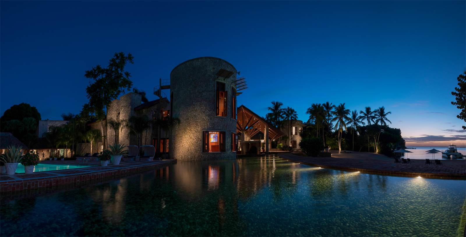 <b>7 Bedrooms, 35,000 sq. ft.</b><br/>Nearly 35,000 square feet, this luxurious architectural masterpiece with private beach offers breathtaking ocean views in a paradise setting. The palatial estate is supremely situated in the exclusive Punta Minitas oceanfront section of the five-star Casa de Campo resort, Dominican Republic.