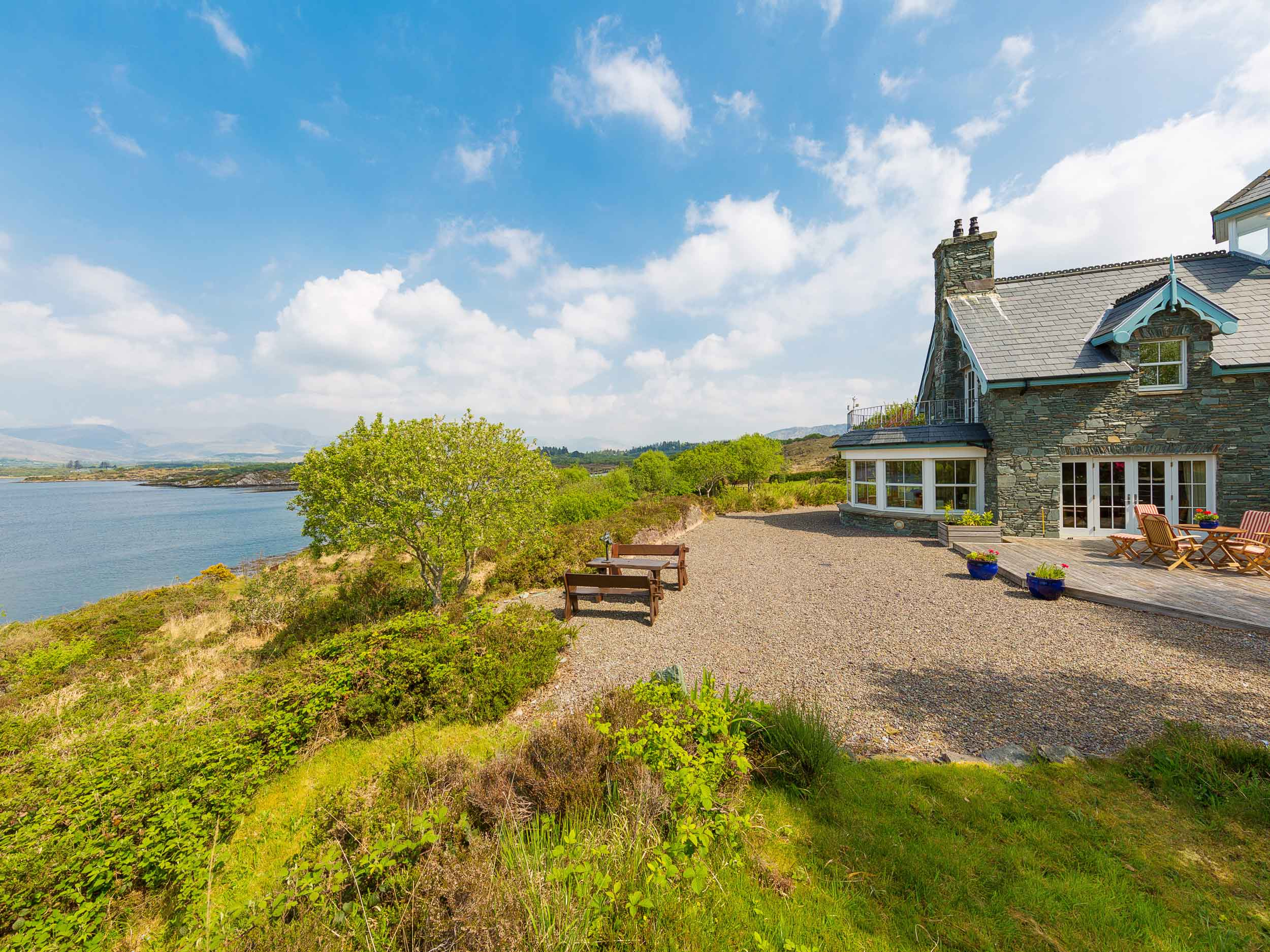 Drimna Lodge, an estate overlooking the Macgillycuddy's Reeks Mountains in County Kerry is a jewel on Ireland's Wild Atlantic Way.