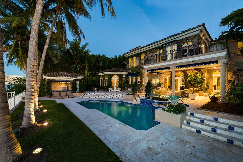 <b>Miami Florida, Florida</b><br/><i>6 Bedrooms, 7,471 sq. ft.</i><br/>La Gorce Island waterfront estate