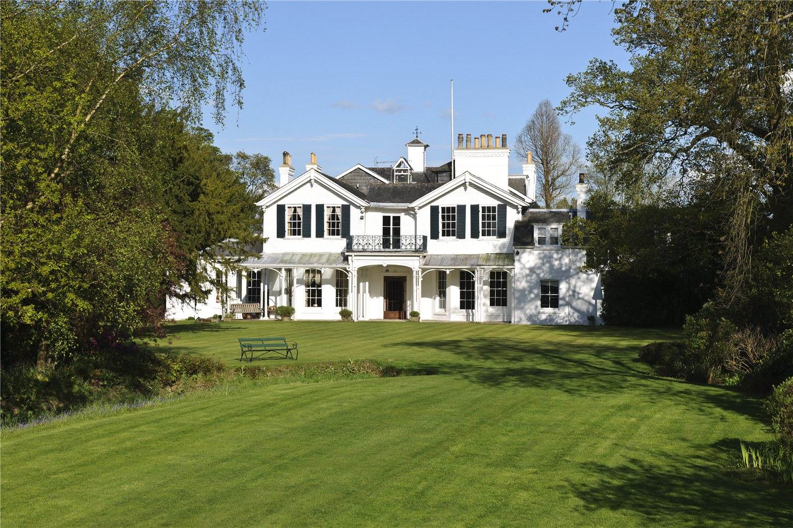 Langton House offers a professionally maintained cricket field and viewing pavilion