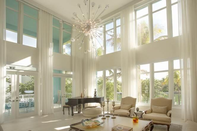 <b>5 Bedrooms, 5,349 sq. ft.</b><br/>Modern waterfront villa at Aqua Allison Island