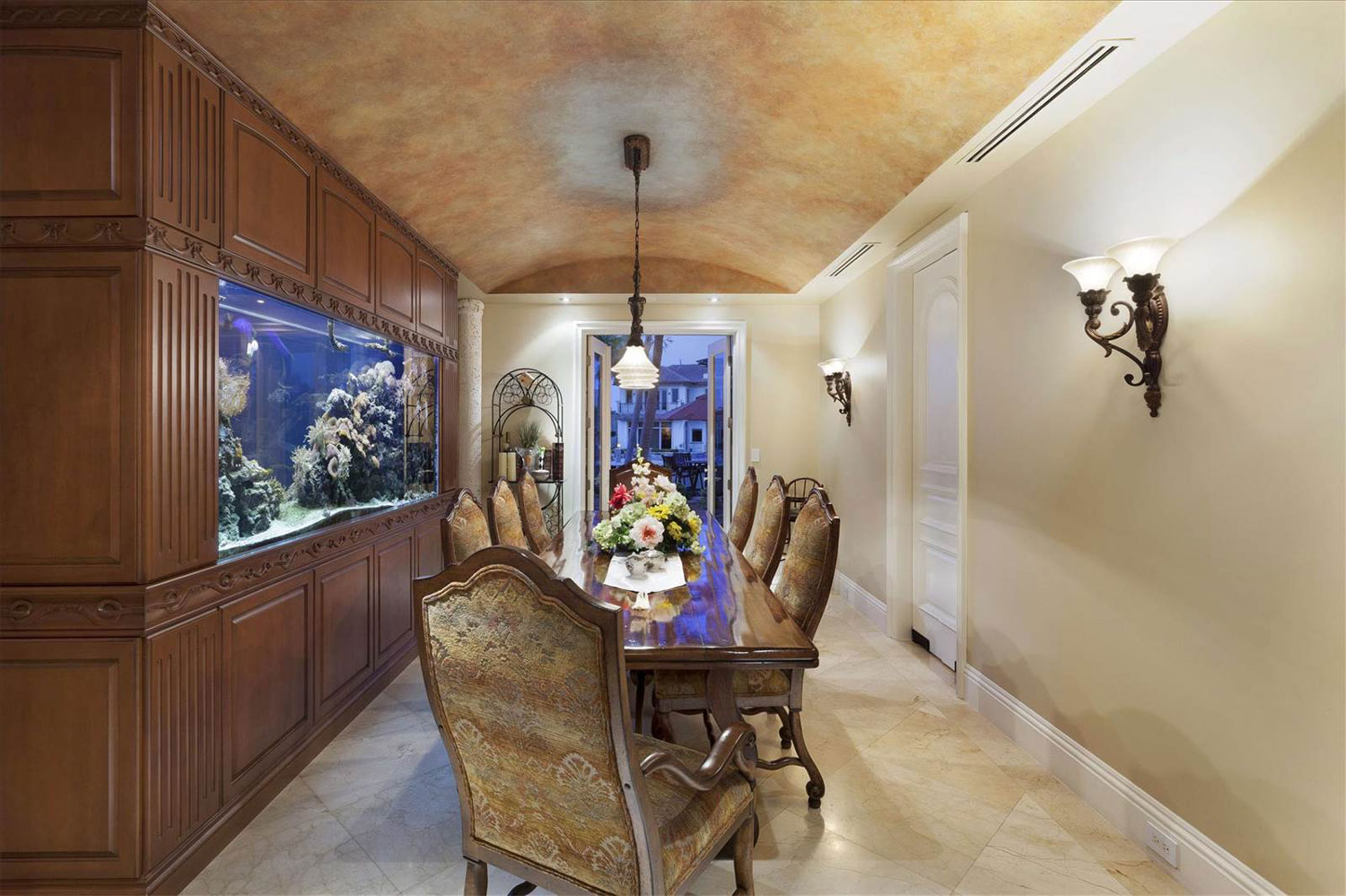 The aquarium can also be viewed from the formal dining room.