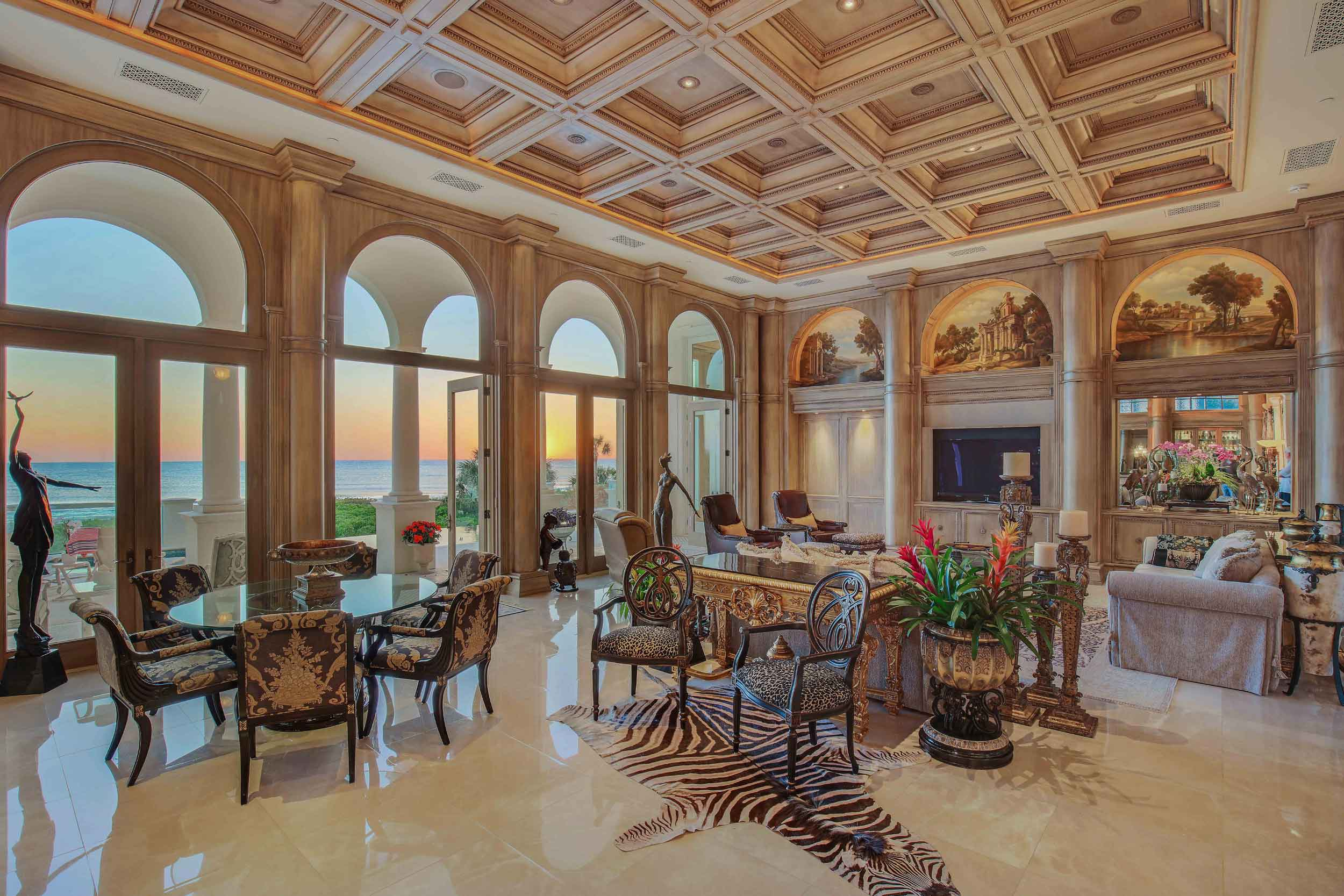 Designed with a reverence for Italian craftsmanship, Serenissima's palatial interiors abound with classical details, such as lyrical murals depicting scenes from the great Republic of Venice, which are offset by monumental columns and archways, glittering chandeliers, and extraordinary millwork.