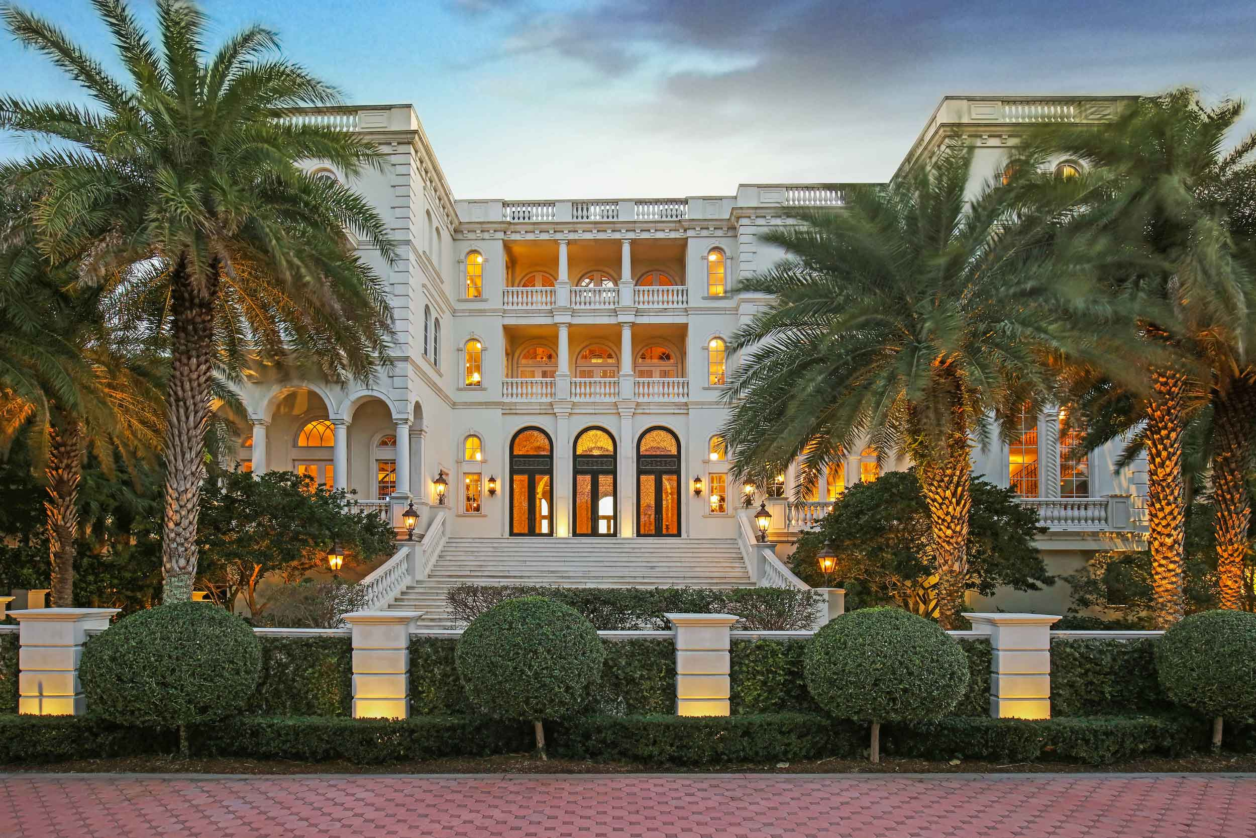 An ode to the majesty of Renaissance Venice, Serenissima—The Most Serene—is one of the finest private residences in the state of Florida.