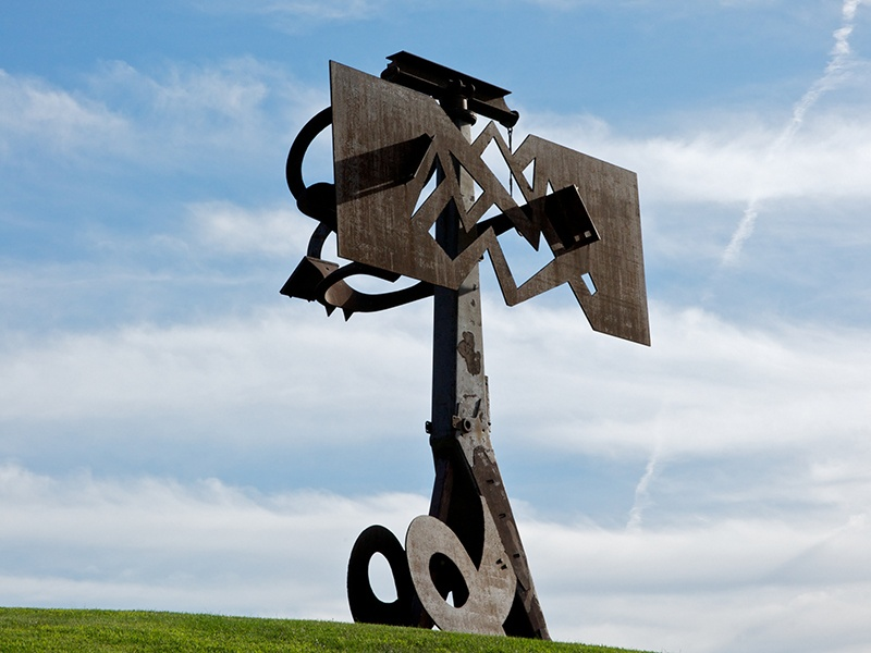 <i>Frog Legs</i> by Mark di Suvero (2002) at the Storm King Art Center rotates 360 degrees in order to give ever-changing views of the sky and surrounding landscape. Lent by the artist and Spacetime C.C., New York. Photograph: Jerry L Thompson.