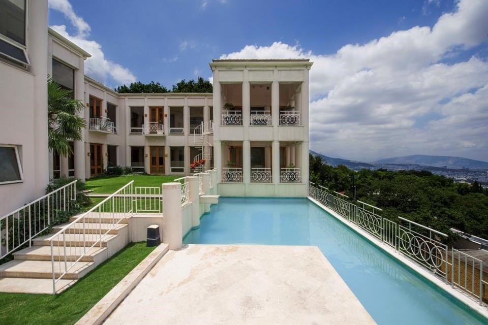 <b>5 Bedrooms, 17,222 sq. ft.</b><br/>Five-bedroom home with city and mountain views