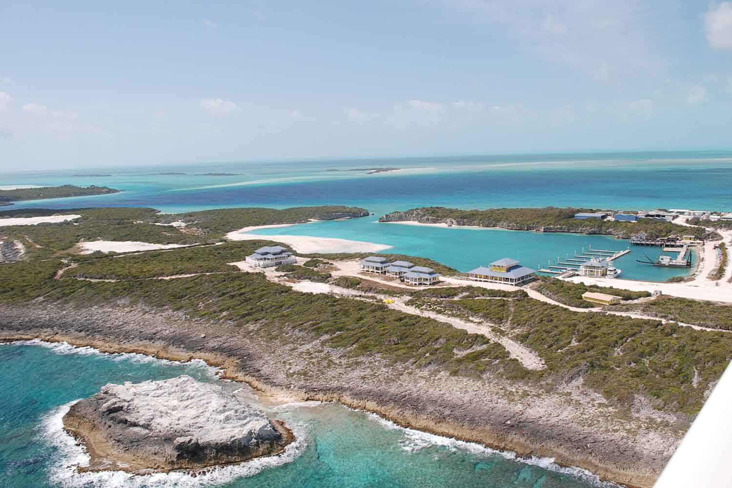 <b>Exumas, Bahamas</b><br/><i>20 Bedrooms, 70,000 sq. ft.</i><br/>Private island with deep-water harbour and marina