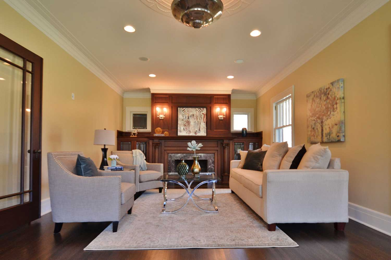 <b>Bloomfield Township, Michigan</b><br/><i>3 Bedrooms, 4,223 sq. ft.</i><br/>1914 Craftsman-style estate