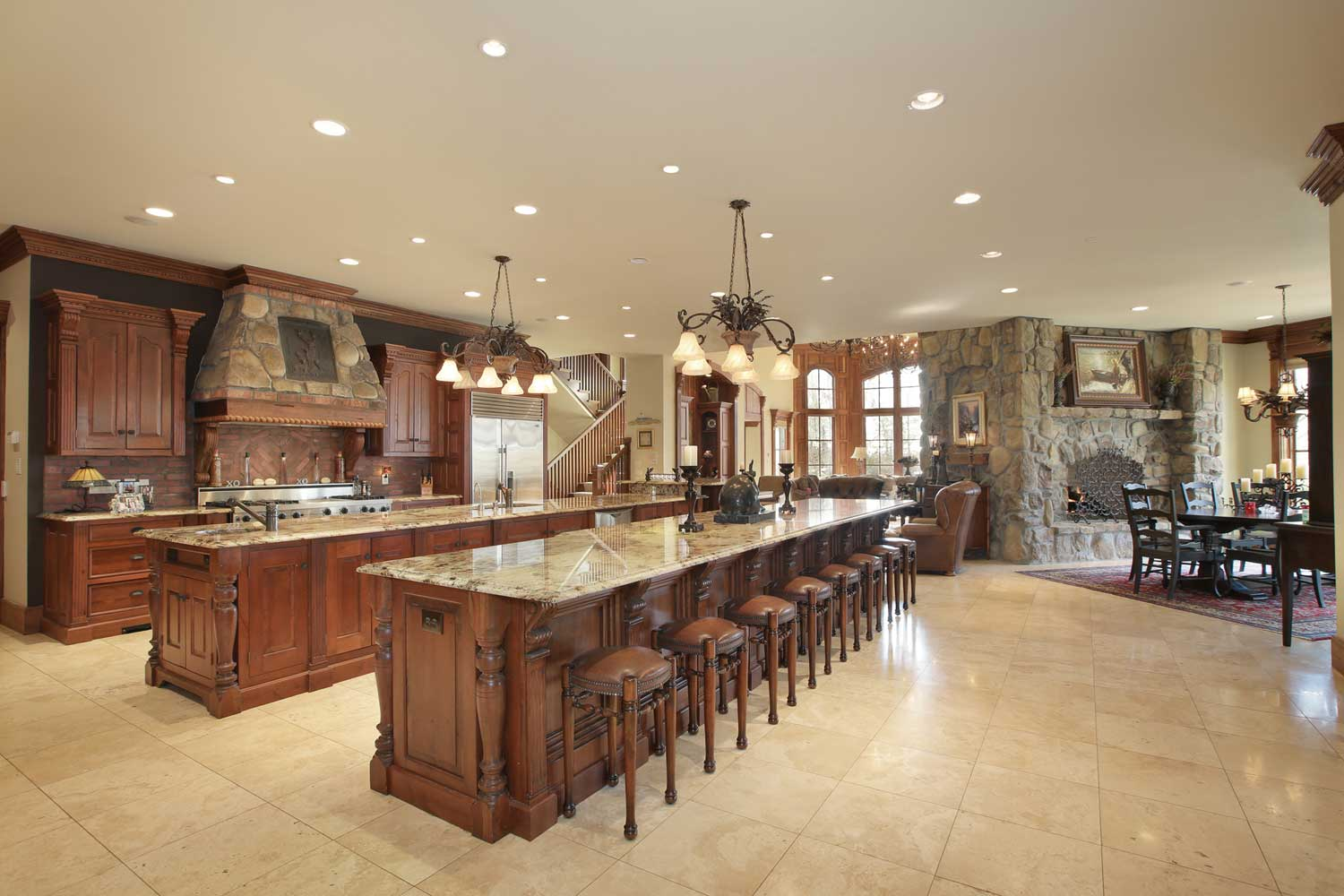 <b>Duluth, Georgia</b><br/><i>8 Bedrooms, 22,596 sq. ft.</i><br/>Eight-bedroom estate on the 18th fairway
