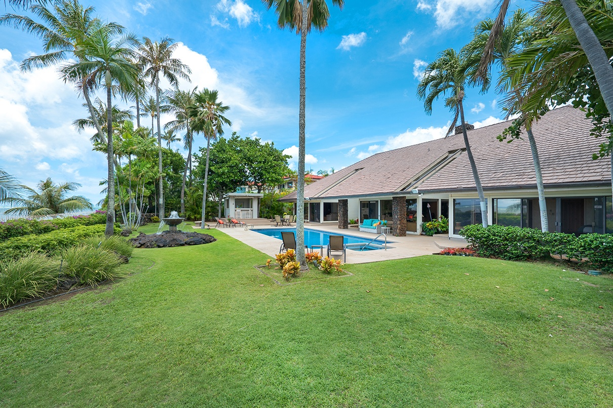 This oceanfront compound is steps from the Waialae Country Club, home to the Sony Open, the first full-field PGA Tour event of the calendar year.