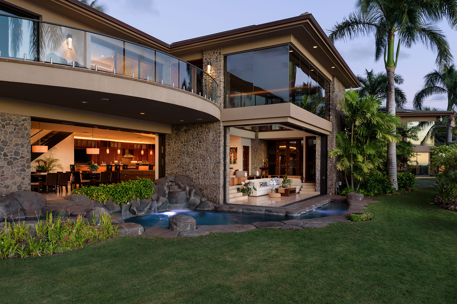 Completed in late 2009 and updated in 2015, this spectacular waterfront estate epitomizes Pacific Rim architecture.