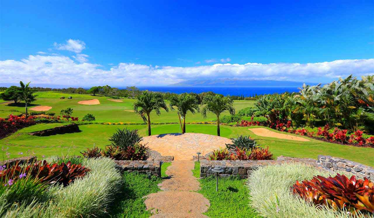 Located on the 16-fairway of the Kapalua's world famous Plantation Golf Course, lies this exclusive estate.