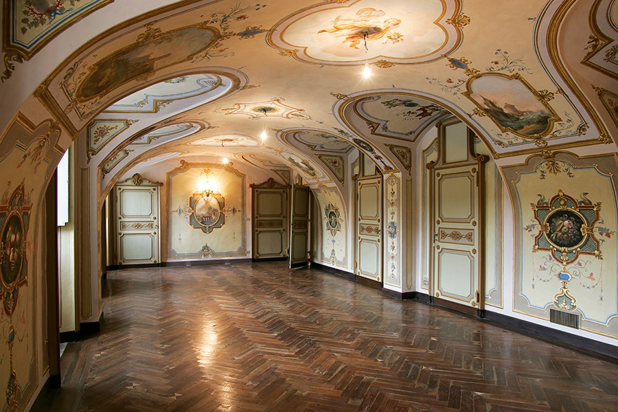 Castle Po is renowned for its Renaissance-inspired interiors embellished with intricate frescoes, most of which were completed in the mid 19th century.