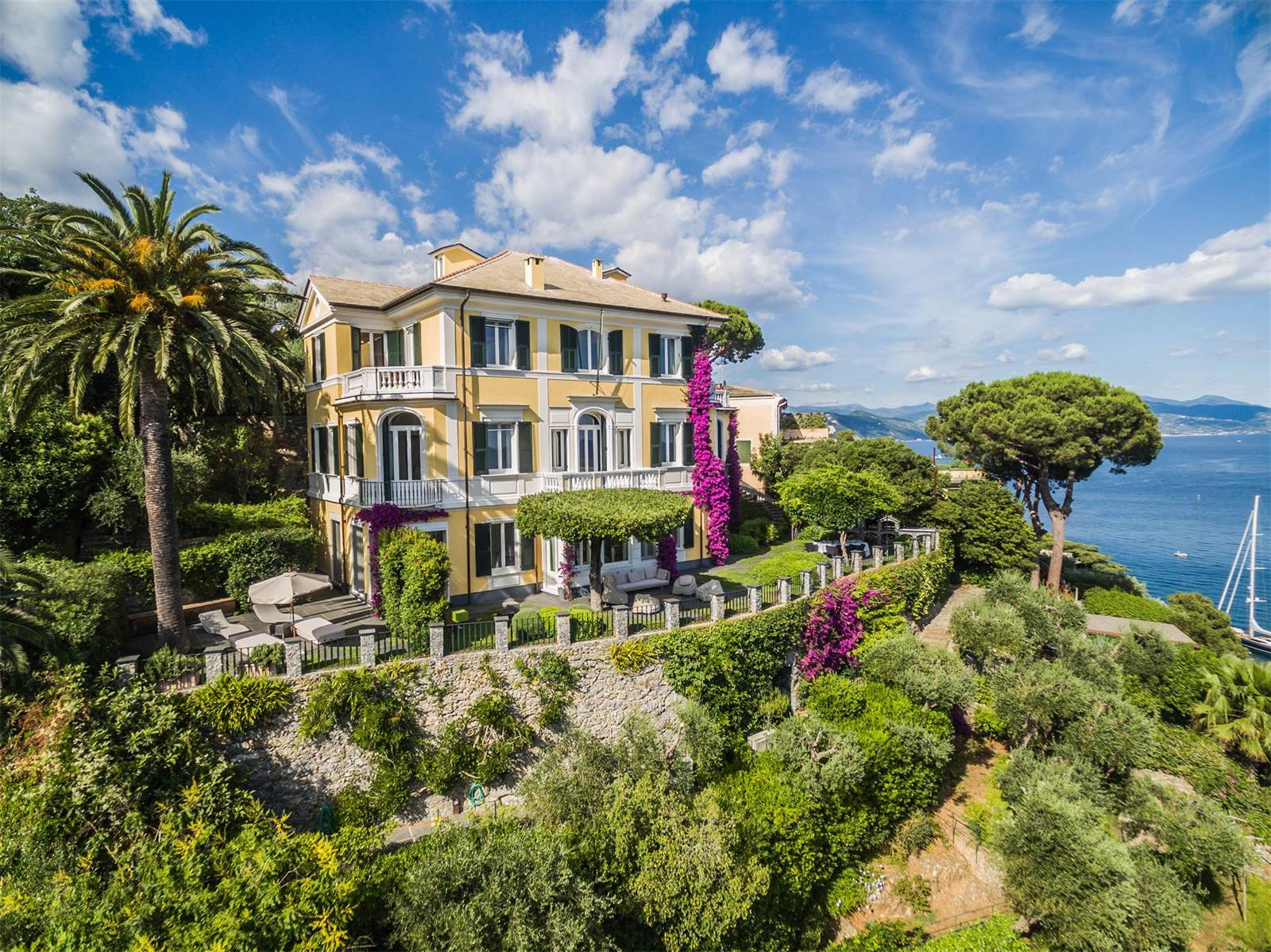 This beautiful Genoese mansion overlooks the Ligurian Sea from its idyllic hillside location above Portofino Bay.