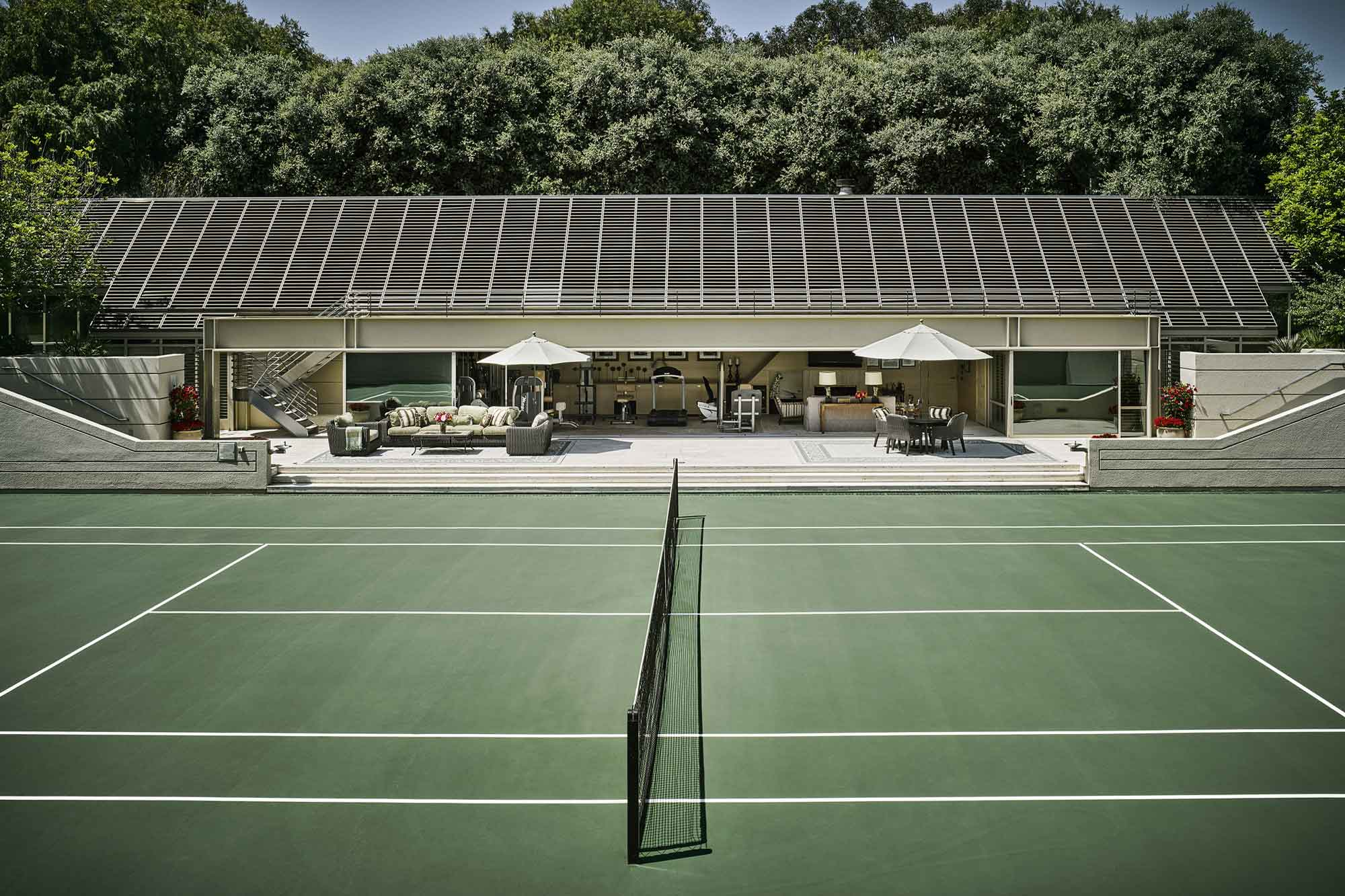 This immaculate tennis court was installed by NBC as a gift to Carson.
