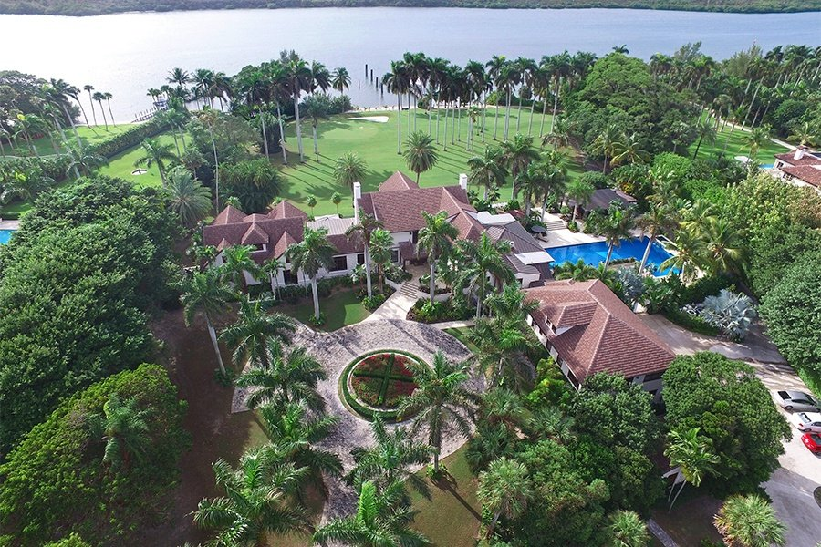 This eight-acre, seven-building property stretches all the way across Jupiter Island from the Intracoastal Waterway to the Atlantic Ocean.
