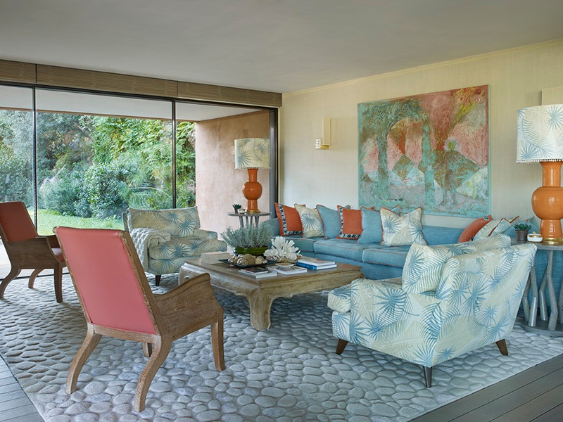 This seafront villa on the Côte d'Azur was designed in a 1950s California style. Photograph: Kirill Istomin Interior Design