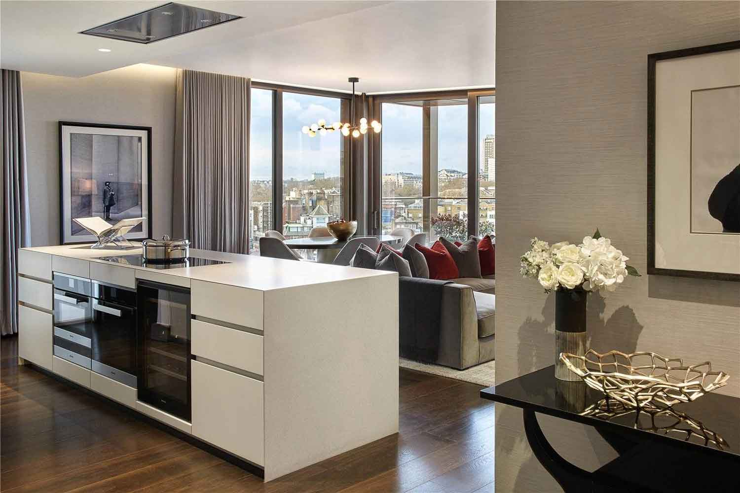 This luxurious three-bedroom apartment at 801 Kings Gate, one of London's premier residential buildings, is within five minutes' walk of the Apollo Victoria Theatre and a short taxi ride from London's famous Theatreland. The home's tastefully decorated living spaces are framed by views of Buckingham Palace and London's royal parks.