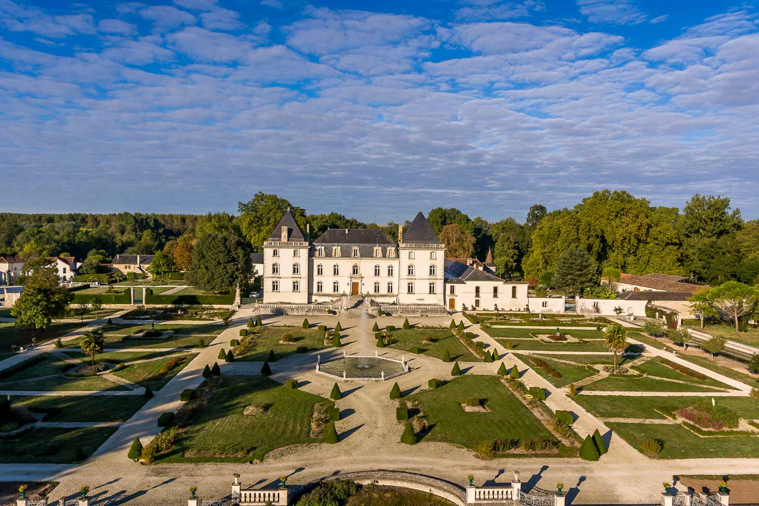 <b>Cognac, France</b><br/><i>10 Bedrooms, 19,375 sq. ft.</i><br/>Ten-bedroom Renaissance estate