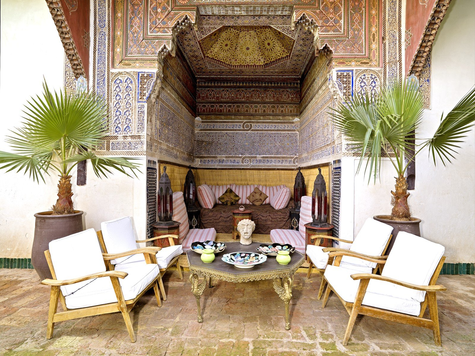 This historic riad in the heart of the great Medina of Marrakesh captures the romance of the Red City with its traditional courtyard garden and Moorish architecture.