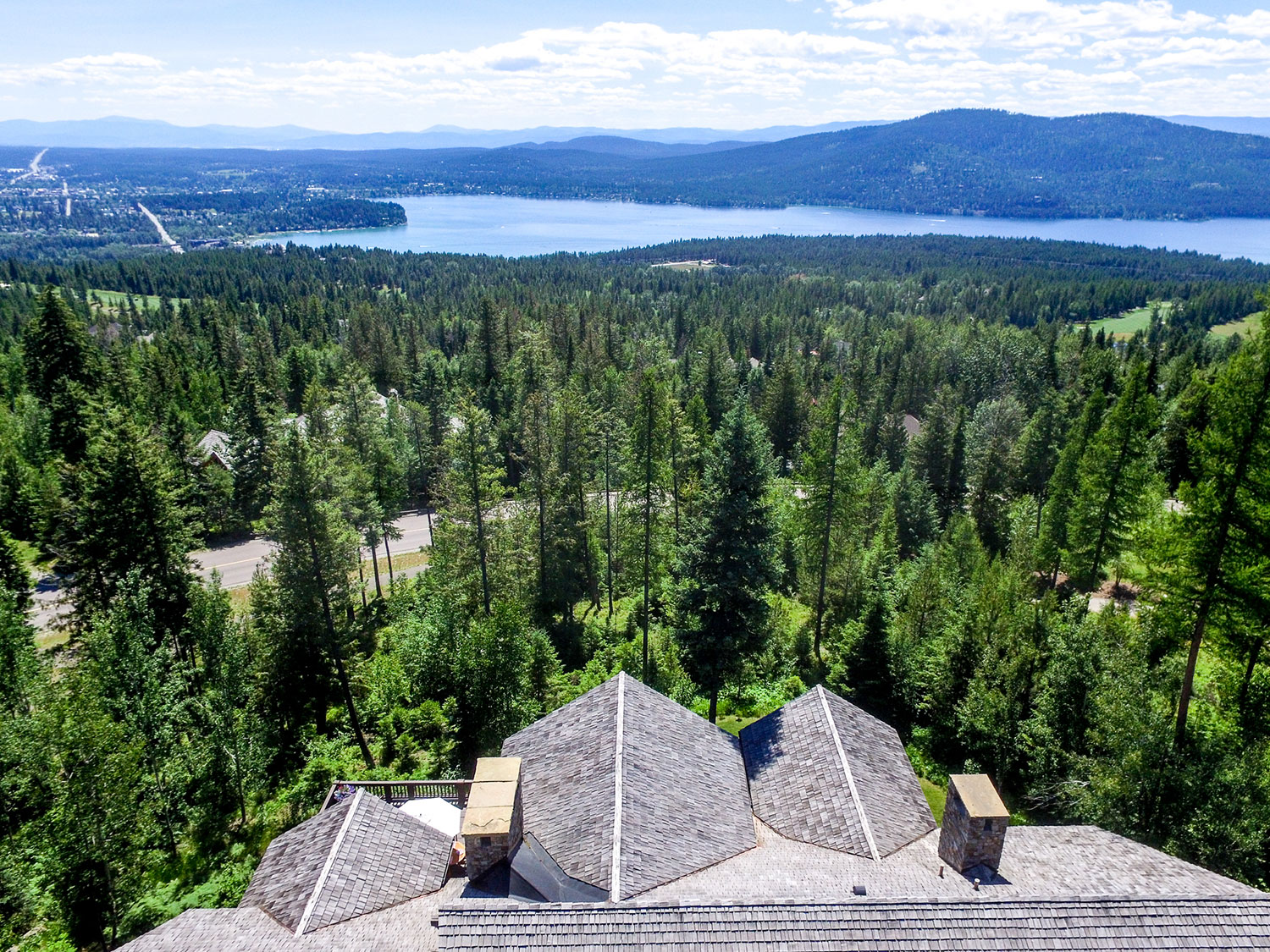 Glacier National Park, Whitefish Lake, and millions of acres of pristine wilderness are the magnificent backdrop to this 3.4-acre estate in Big Sky Country.