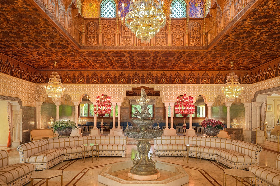 Parc D'Anfa features the work of craftsmen from all over the world including the master wood carvers of Fez who created its extraordinary cedar ceilings.