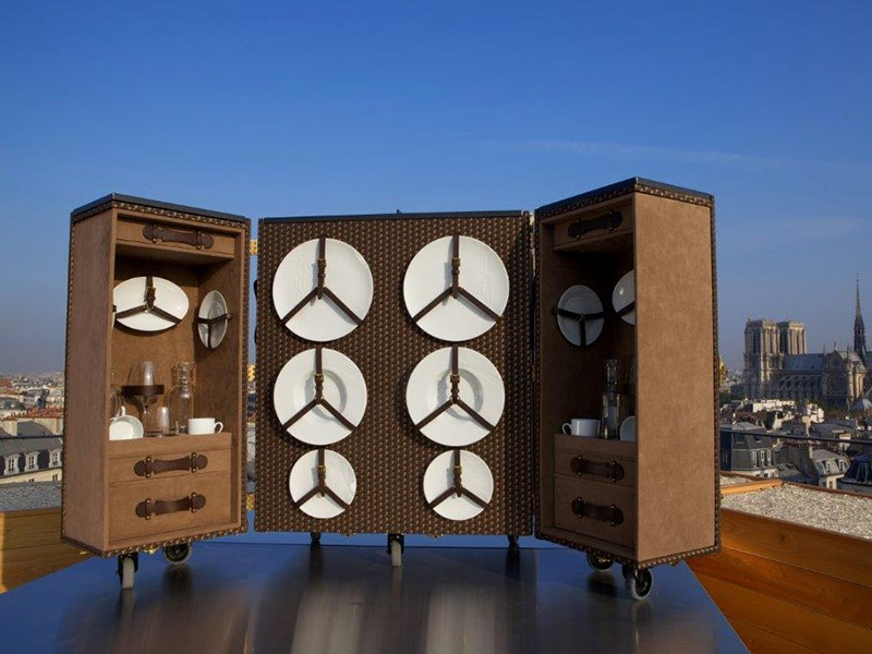 For Michelin-starred French chef Yannick Alléno, Moyat created a mobile trunk with everything needed to prepare a full breakfast for two.