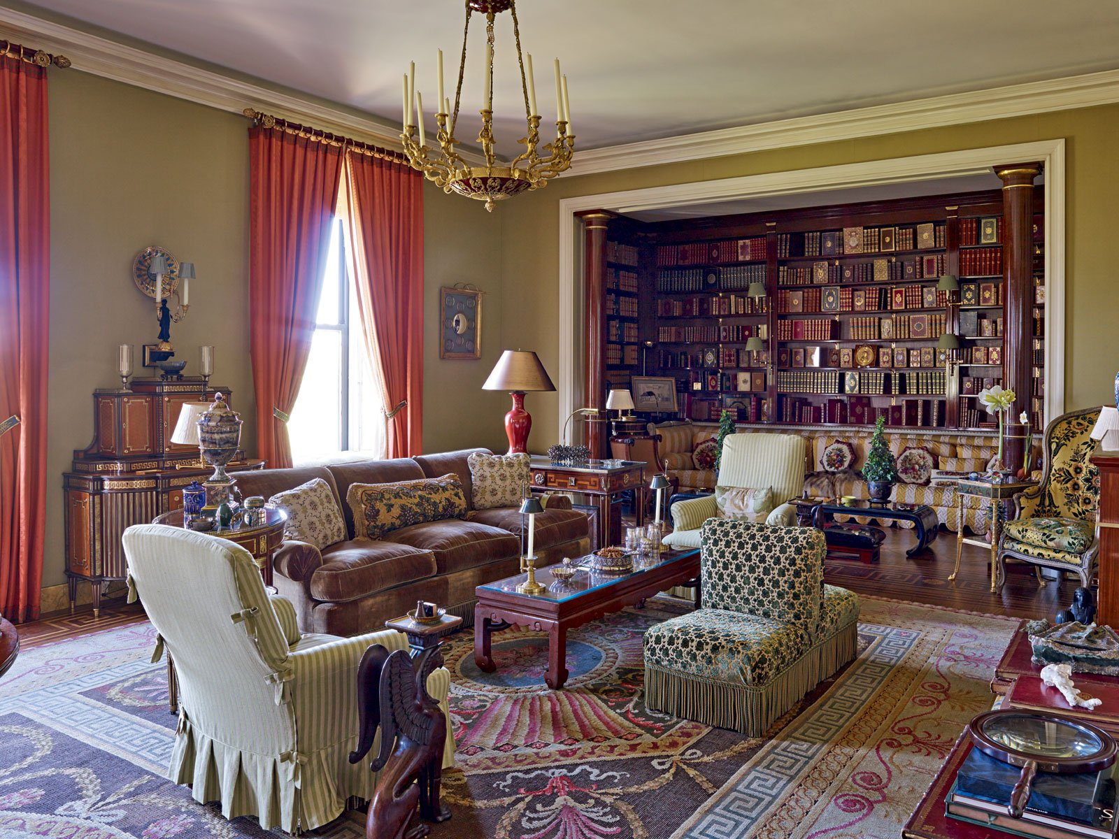The 20-room residence has a host of grand reception rooms with views of Central Park and Fifth Avenue.