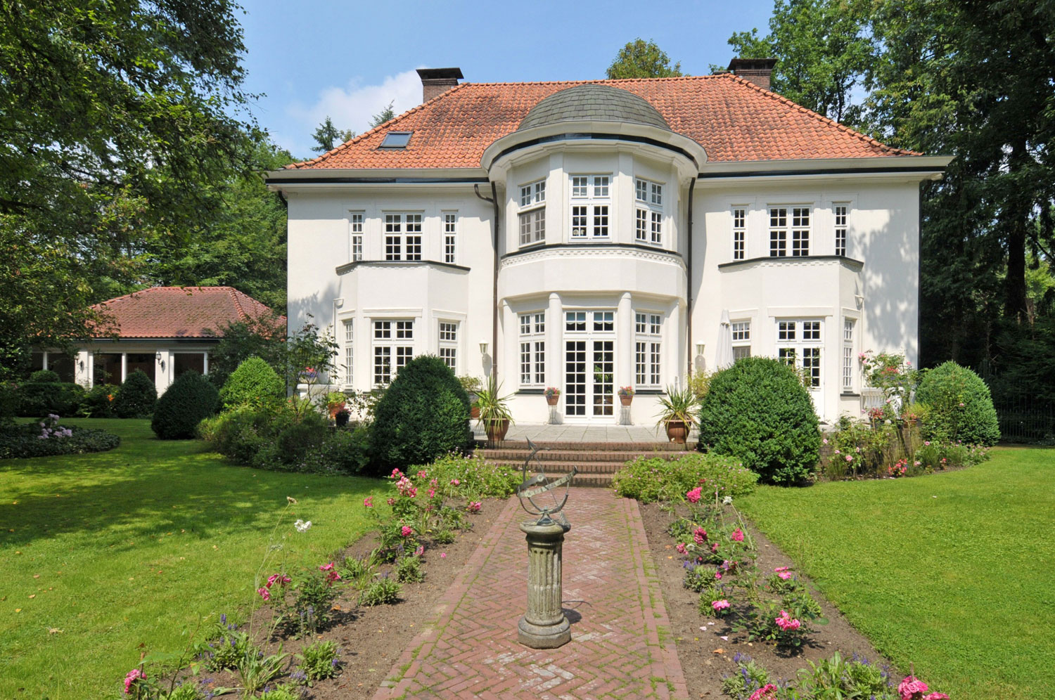 A stately mansion built in 1921, Villa Hoogenoord has been exquisitely restored and updated for 21st-century country living.