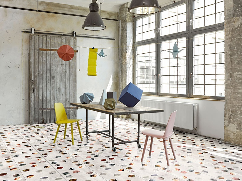 For the Laminat Edition ENA flooring, designer Alfredo Häberli took inspiration from the iconic Pirelli flooring from the 1970s.