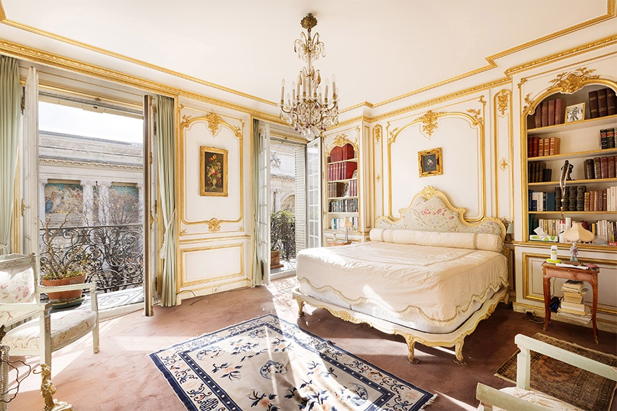 Paris offers unparalleled access to art and culture, and its luxury properties are refined and stylish, as evidenced by this Beaux Arts apartment near the Champs-Élysées.