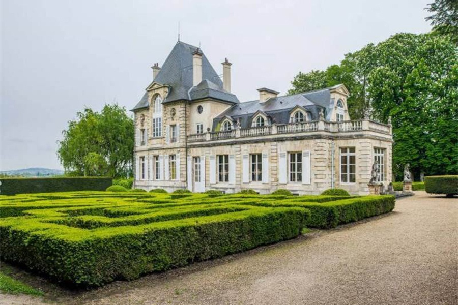 This quintessential château—once a refuge of King Charles II of England—is approximately 25 miles from the center of Paris.